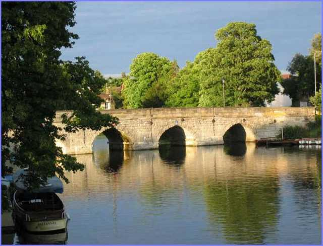 stratford-upon-avon bridge