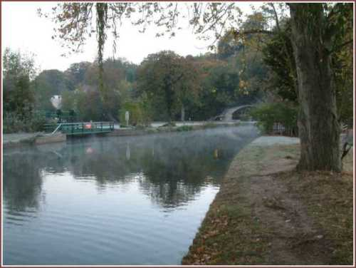 autumn-on-the-river-wey-guildford.jpg