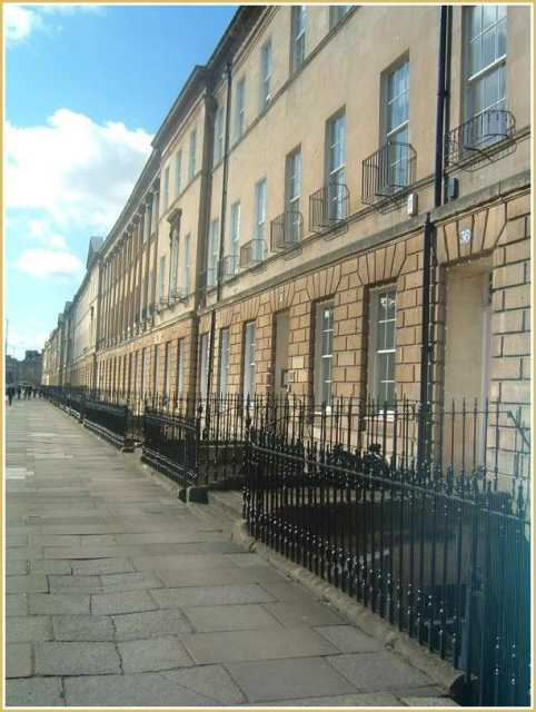great-pulteney-street-bath.jpg