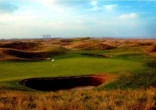 the-maiden-sixth-hole-royal-st-georges-sandwich.jpg