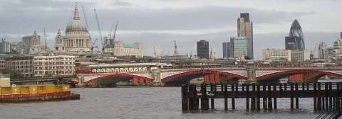 london-panorama-from-south-bank-november-2007-by-roadsofstone.jpg