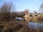 stratford-upon-avon-england-greenway-the-cantilever-bridge-across-the-river-avon-dec-2008-by-roadsofstone