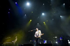 snow-patrol-live-at-the-o2-london-march-2009-c-gigwise-com