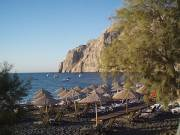 kamari beach santorini greece by roadsofstone