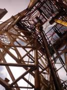 jack-up oil rig derrick by roadsofstone